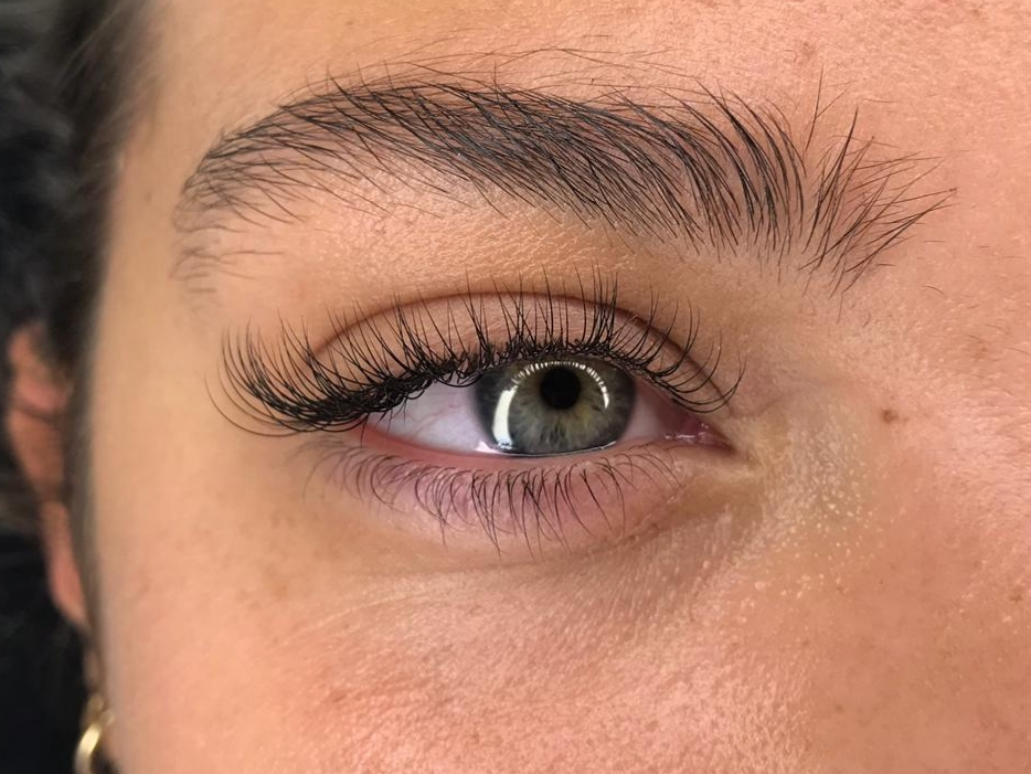 Classic lashes by Nancy